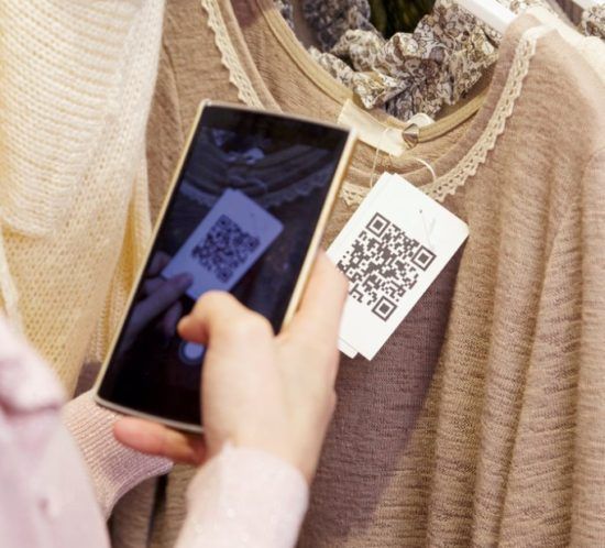 Clothing tag qr code scan